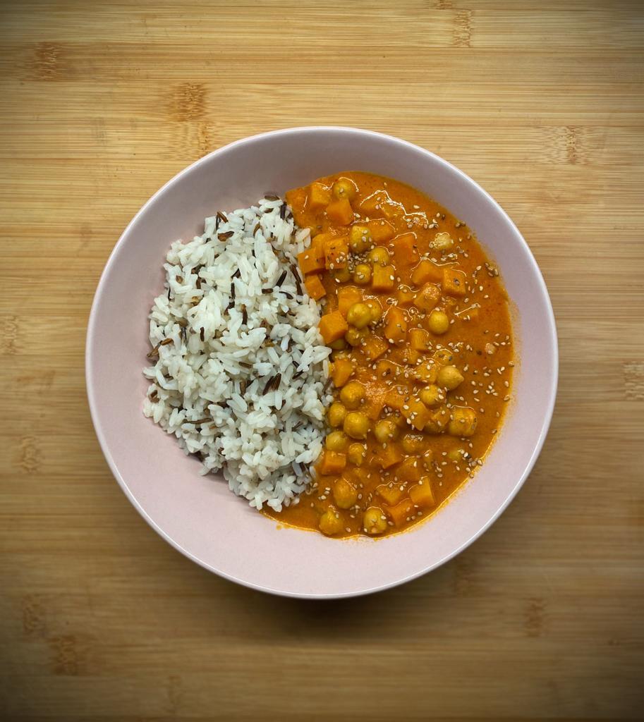 Bild von Süßkartoffelcurry mit Kichererbsen